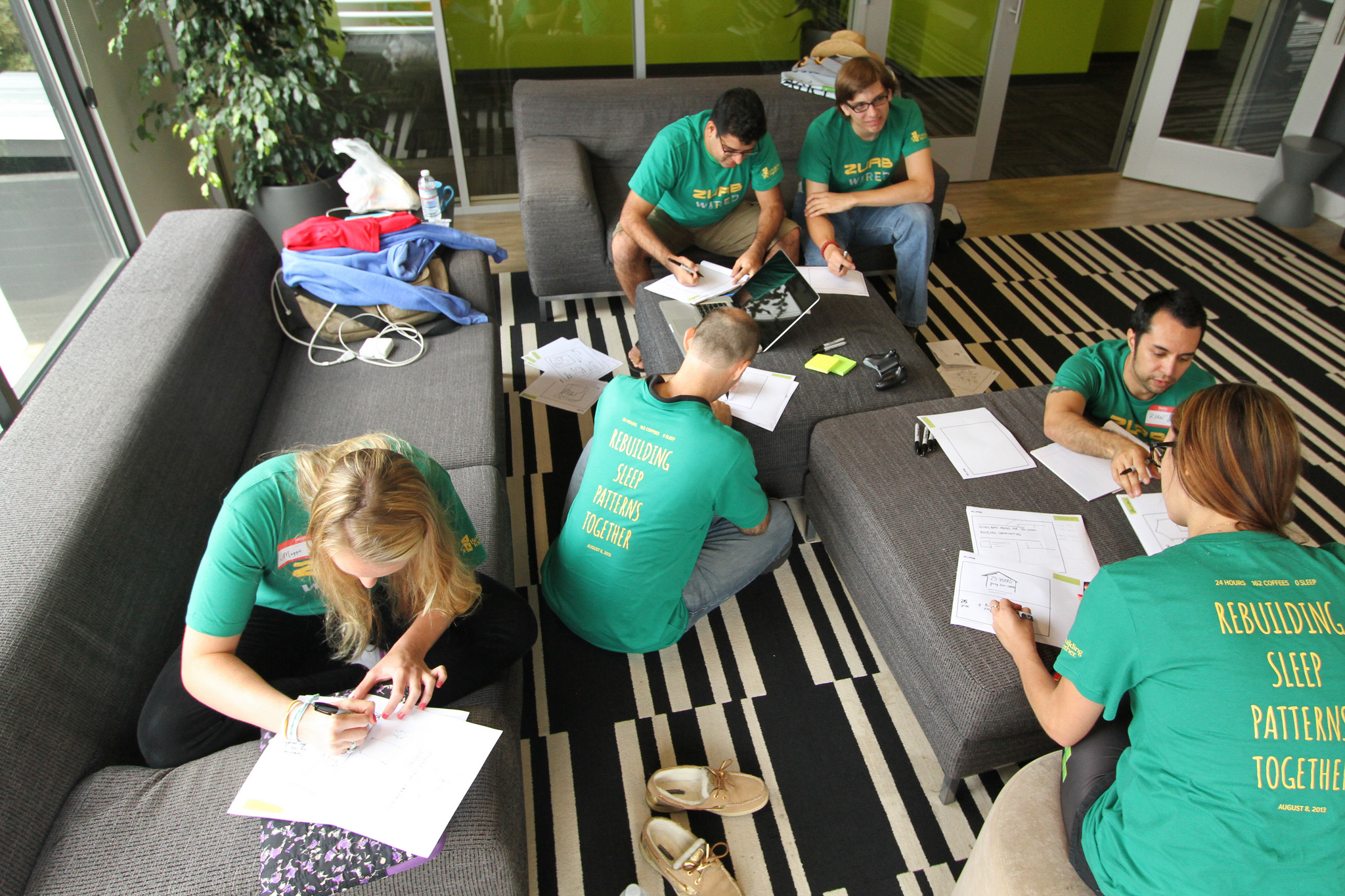 photo of people sketching ideas during ZURB wired 2014