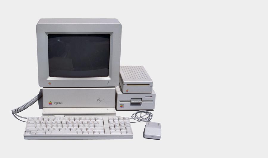 Photo of an Apple IIGS